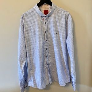 BUY 2 get 1 FREE / Blue & white / Button up